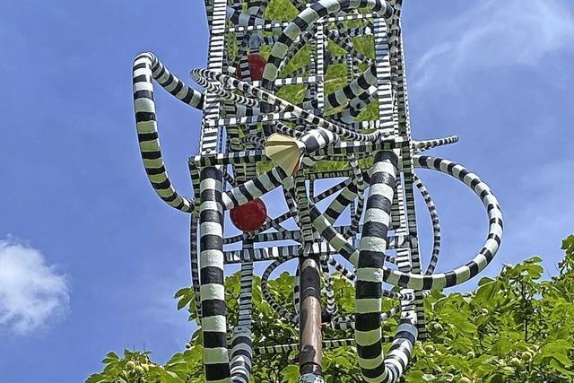 Kunst auf der Liegewiese 2021/22 mit Skulpturen zahlreicher Künstler wird eröffnet.