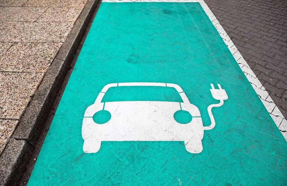 Autofahrer wünschen sich, dass das Str...adesäule möglichst unkompliziert ist.   | Foto: Jan Woitas (dpa)