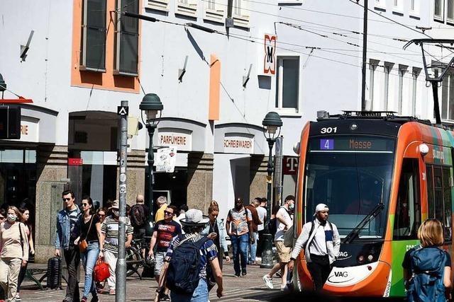 Handelsverband ist klar gegen eine Freiburger Eishalle mit Einzelhandel