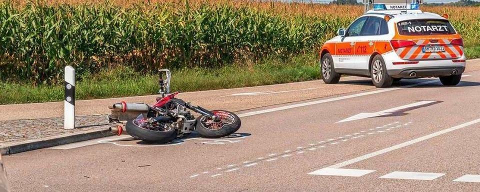 Auto missachtet Vorfahrt – 18-jähriger Motorradfahrer stirbt in Sasbach