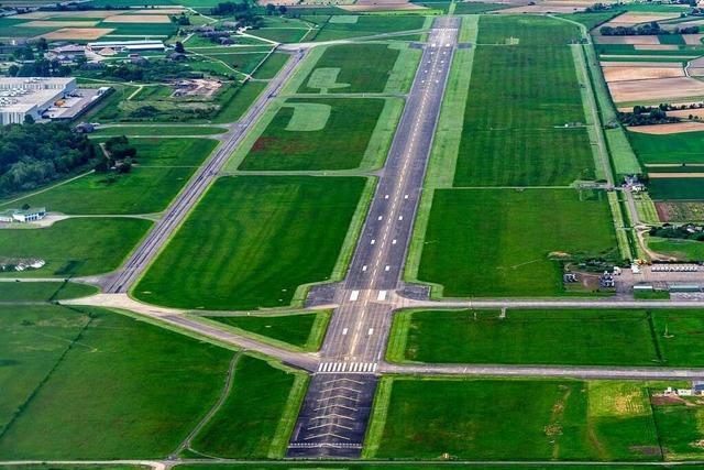 Was die Kandidatinnen und Kandidaten zur Zukunft des Lahrer Flugplatzes sagen