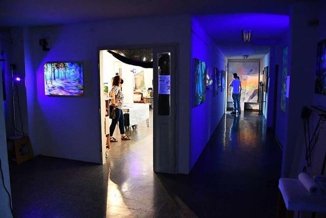 Kunst sehen und über Kunst sprechen bei der Nacht der Offenen Ateliers