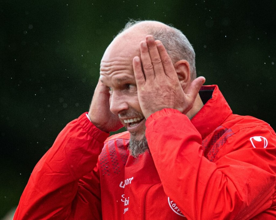Mensch, Männer! Löffingens Trainer Jör...n sah eine vermeidbare 1:2-Niederlage.  | Foto: Wolfgang Scheu