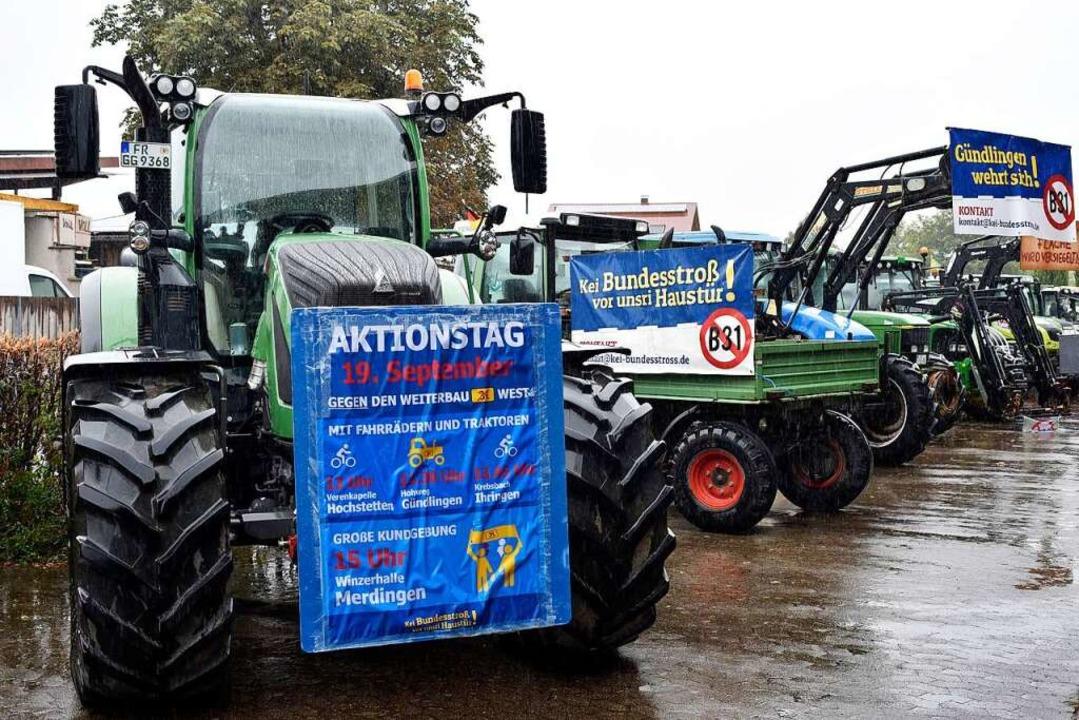 Landwirte und Anwohner demonstrierten ... der B31 von Gottenheim nach Breisach.    Foto: Thomas Kunz