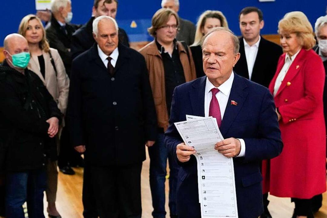Gennadi Sjuganov, Vorsitzender der Kom...aller Voraussicht nach Sitze gewinnen.    Foto: Pavel Golovkin (dpa)