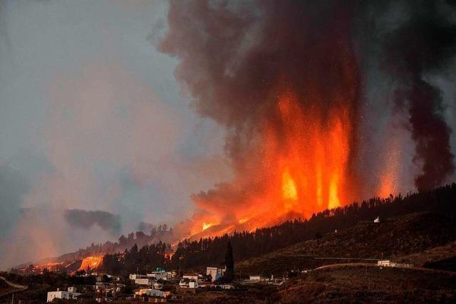 Vulkanausbruch zerstört viele Häuser auf La Palma