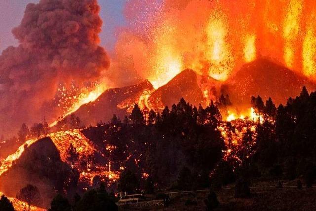 Heftige Explosionen bei Vulkanausbruch auf La Palma