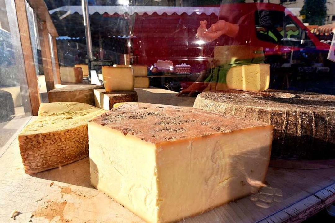 Käse und Wein – eines der Verkostungsangebote    Foto: Thomas Kunz