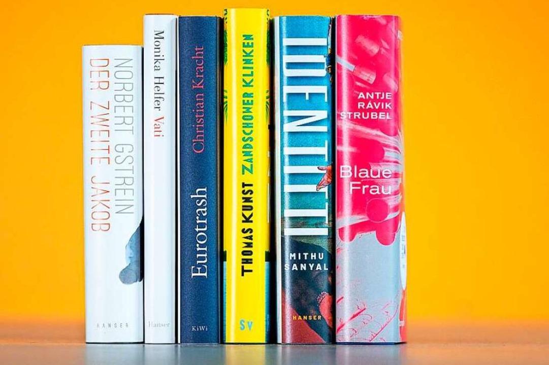 Die sechs nominierten Titel – Ch...vom Schweizer Buchpreis zurückgezogen.  | Foto: -- (dpa)