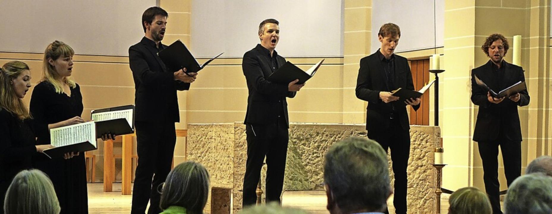 Mit geistlichem Gesang in klaren Stimm...indruckte das Doppelquartett Breisgau.  | Foto: Roswitha Frey