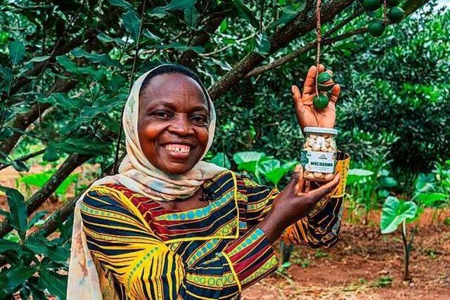Fairfood Freiburg startet Crowdfunding-Kampagne für Bio-Macadamia in Ruanda