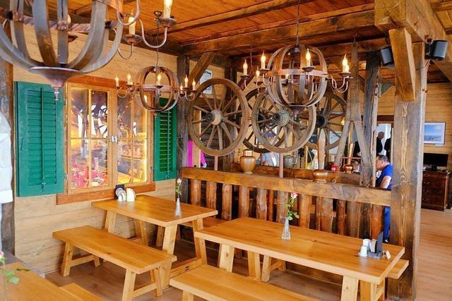 Das Restaurant im Blauenhaus eröffnet im Chalet-Stil