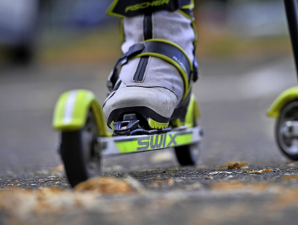 Auf Skirollern unterwegs waren die Sch...r beim Leistungsvergleich in Oberhof.     Foto: Achim Keller