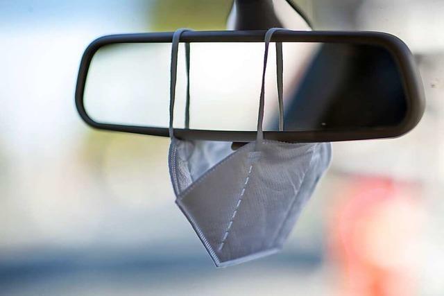 Die Mitnahme von Masken im Auto wird künftig zur Pflicht