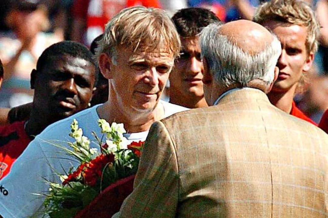 SC-Vorstand Achim Stocker verabschiede...erte er den Verein ohne Unterbrechung.  | Foto: michael heuberger