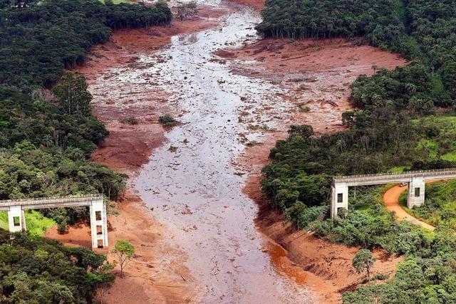 TÜV Süd wegen eines Dammbruchs in Brasilien auf der Anklagebank