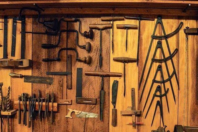 Im Markgräfler Museum in Müllheim erweckt Eugen Bürgin seine Werkstatt zum Leben