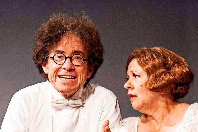 Richtig falsche Töne: Das Freiburger Theater Die Schönen bringt Florence Foster Jenkins auf die Bühne