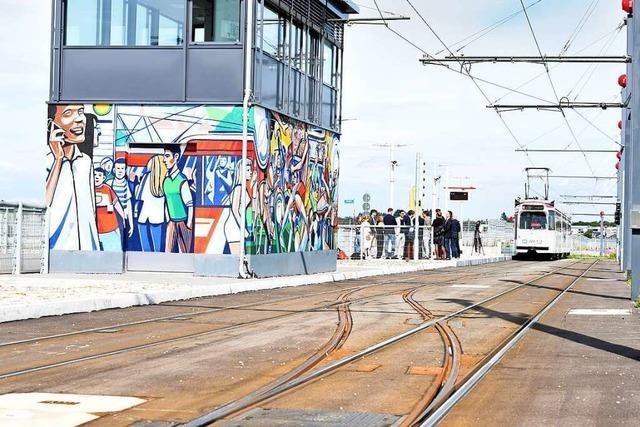 Haltestelle am neuen Freiburger Stadion ist auf Besuchermassen ausgelegt