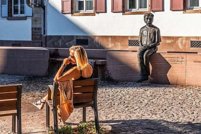 Denkmal für den Friedensnobelpreisträger Albert Schweitzer am Platz seines musikalischen Wirkens in Straßburg