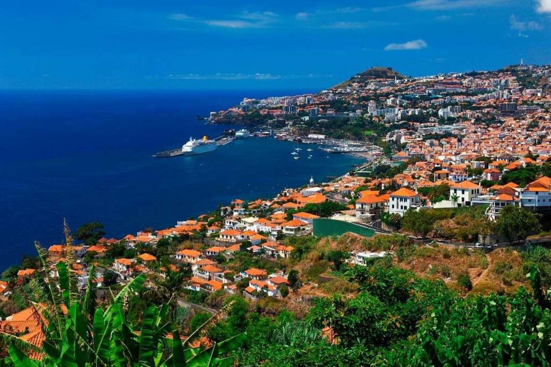 Spektakulärer Blick auf Funchal    Foto: mundo Reisen GmbH & Co. KG