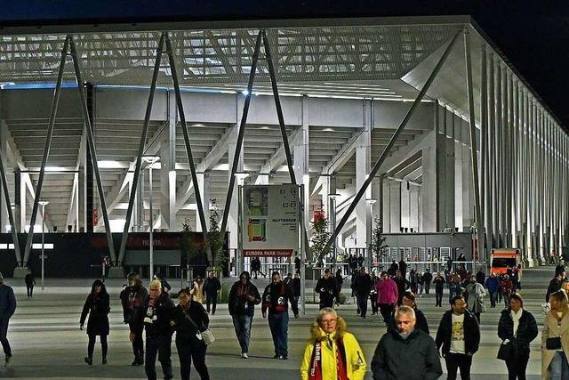 Fotos: Der SC Freiburg feiert Einstand im Europa-Park-Stadion