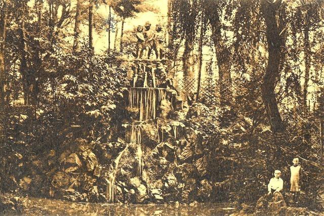 Beim heutigen Freiburger Tanzbrunnen gab es einst einen kleinen Wasserfall