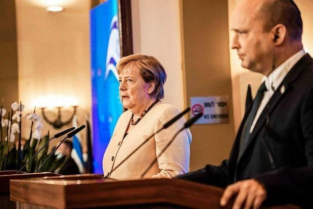 Bennett nennt Merkel moralischen Kompass Europas