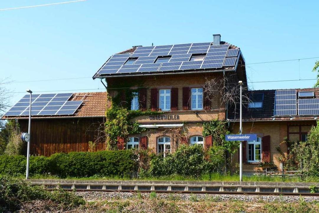 Der Bahnhof Wasenweiler ist inzwischen zu einem Wohngebäude umgebaut worden.  | Foto: Sattelberger