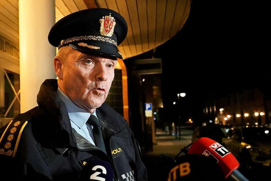 Øyvind Aas, zuständiger Polizeichef, s... nach einer Gewalttat mit Jounalisten.  | Foto: Terje Pedersen (dpa)