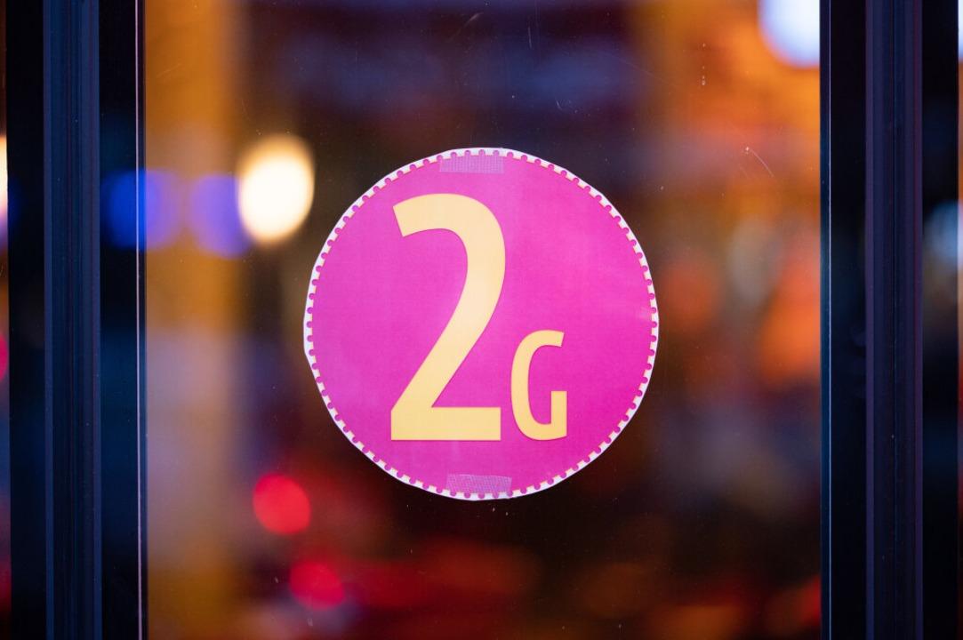 Das 2G-Optionsmodell lässt Veranstaltern die Wahl.  | Foto: Daniel Reinhardt (dpa)