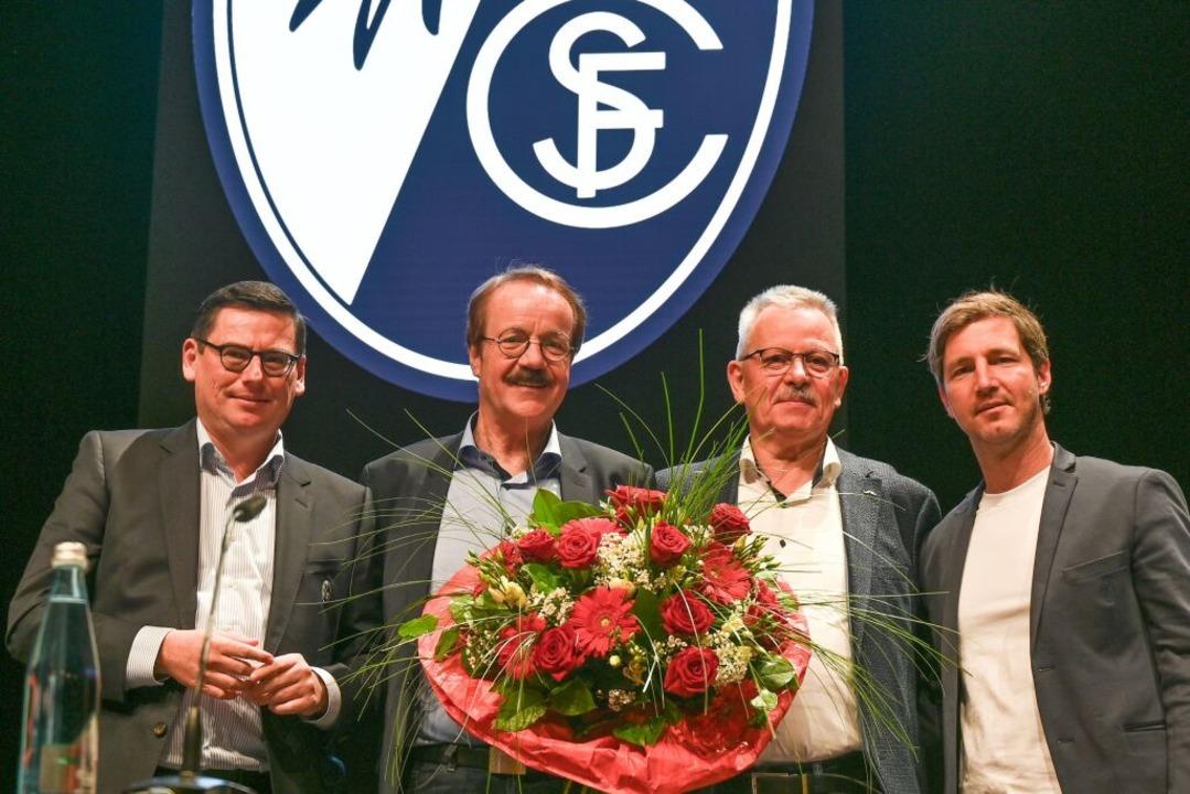 Vorstand Oliver Leki, Präsident Eberha... und Vorstand Jochen Saier (von links)    Foto: Stephan Eckenfels