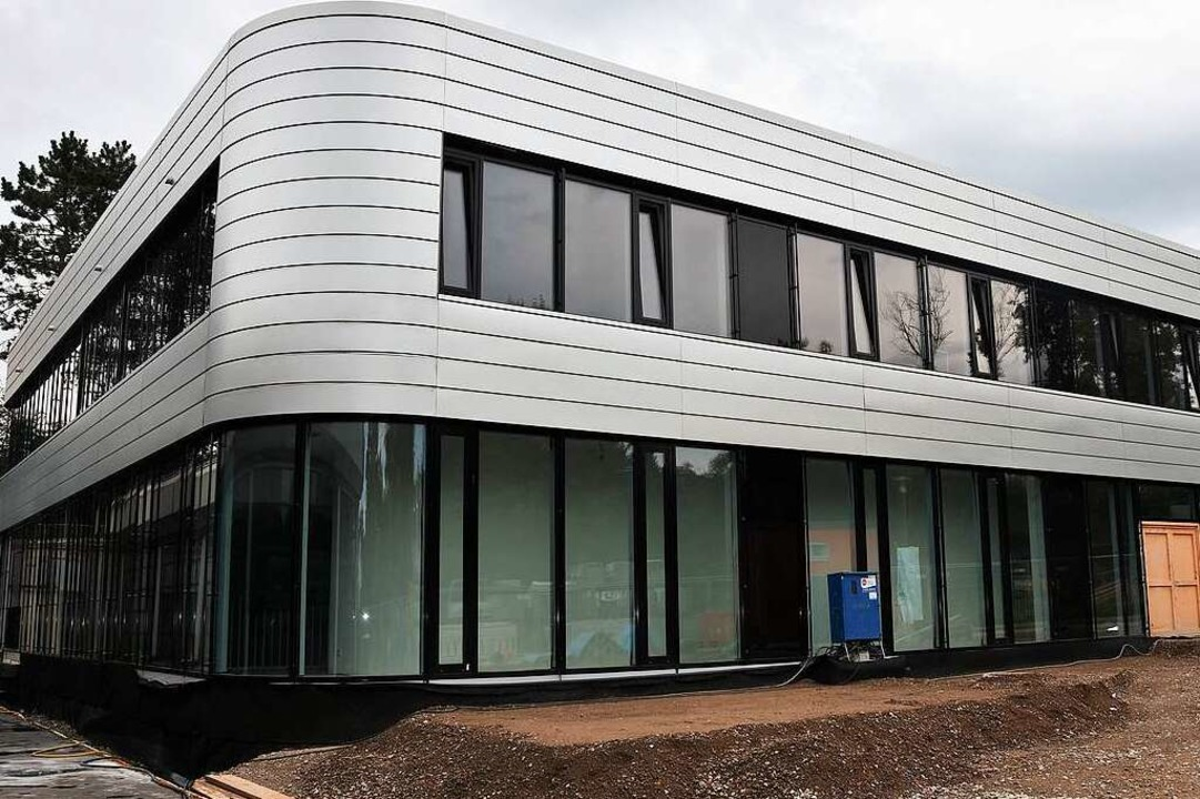 Im August wurde die neue Turnhalle am Gundelfinger Schulzentrum fertiggestellt.  | Foto: Andrea Steinhart