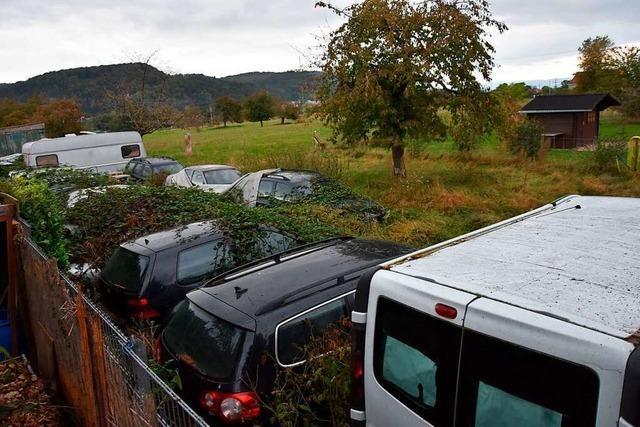 Anwohner in Grenzach-Wyhlen sorgen sich um Fahrzeuge auf Grundstück
