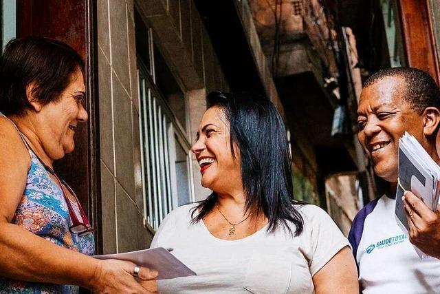Eliane Ramos Vieira da Silva ist die erste Postbotin in Brasiliens größter Favela