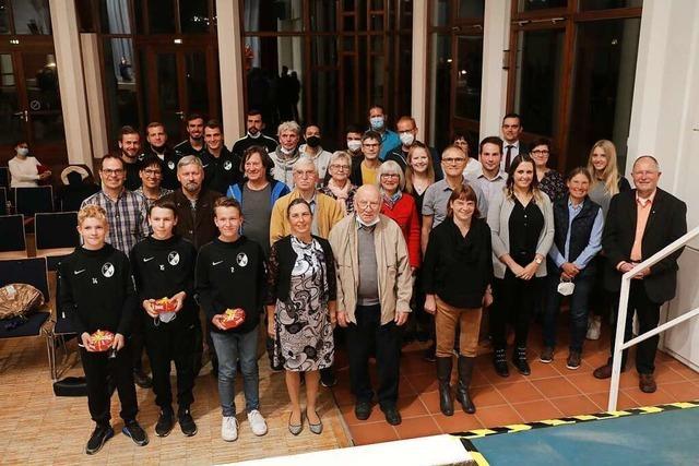 Die Gemeinde Friesenheim hat Blutspender, Sportler und Künstler geehrt