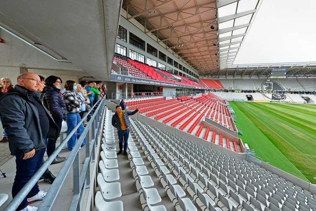 BZ-Leserinnen und Leser erleben das neue SC-Stadion