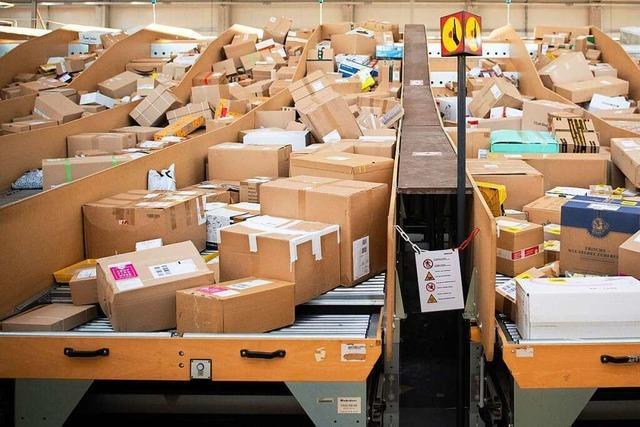 Versand- und Einzelhandelsangestellte im Südwesten sollen mehr Geld bekommen
