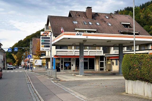 Diskussion um die Bebauung des Tankstellenareals in Freiburg-Ebnet