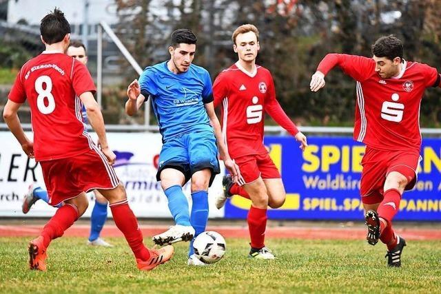 SF Elzach-Yach gegen FC Waldkirch –