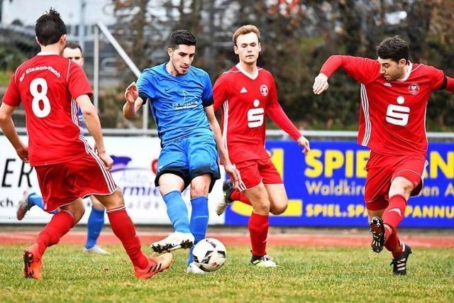 SF Elzach-Yach gegen FC Waldkirch -