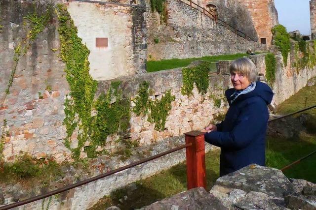 Verrät Renate Klöppel, wo ein Schatz auf der Emmendinger Hochburg liegt?