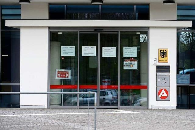 Die Zahl der Arbeitslosen im Bezirk Freiburg ist erneut deutlich gesunken
